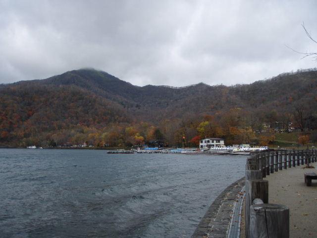 支笏湖09_1027.JPG